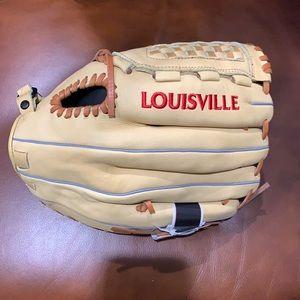 Louisville Slugger 125 series NWT